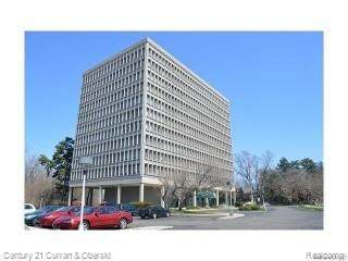 22700 Garrison St Apt 807, Dearborn, MI 48124 (#2210012440) :: GK Real Estate Team
