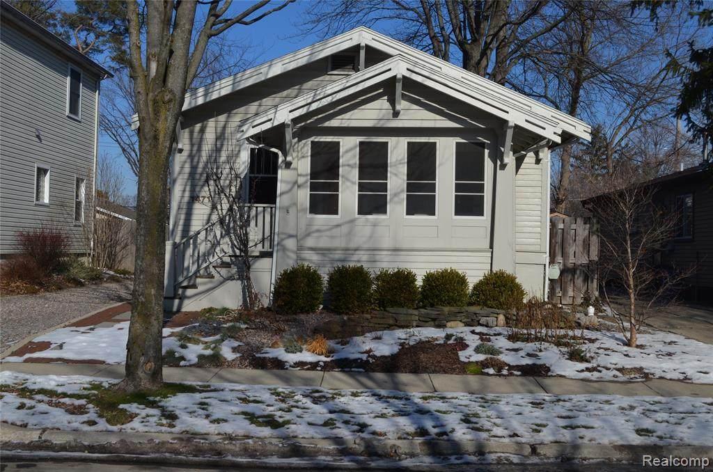 1471 Bennaville Avenue - Photo 1