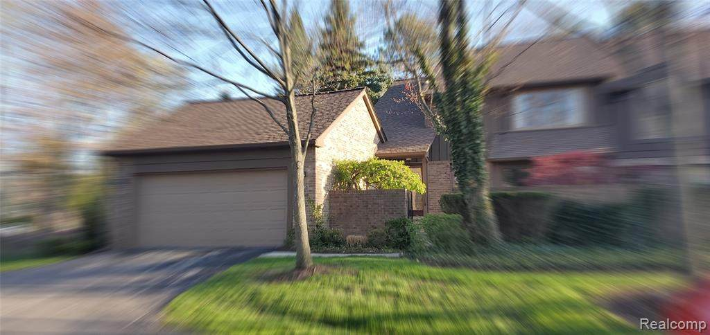 23755 Ravineview Court - Photo 1
