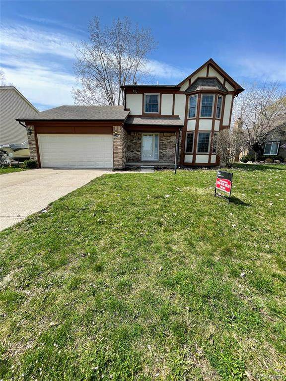 50549 Pembroke Drive, Chesterfield Twp, MI 48047 (#2210024857) :: Real Estate For A CAUSE