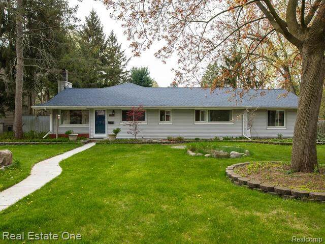 539 Lexington Boulevard, Royal Oak, MI 48073 (#2210029433) :: Real Estate For A CAUSE