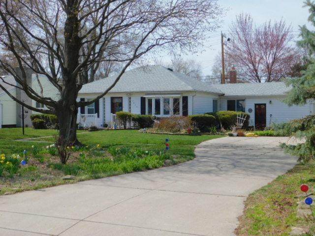 5839 Yale Street, Westland, MI 48185 (#543280496) :: Real Estate For A CAUSE