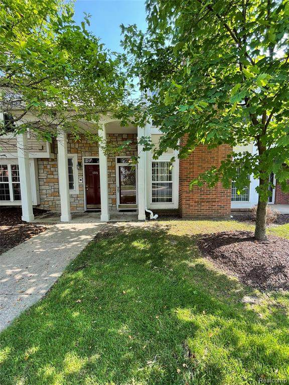 5372 Pine Aires Drive - Photo 1