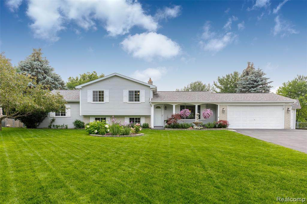 3588 Country View Drive - Photo 1