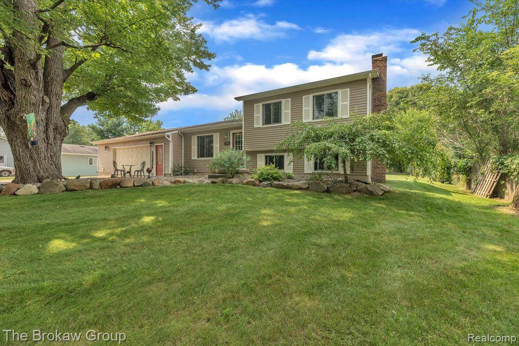 2375 Indian Road - Photo 1