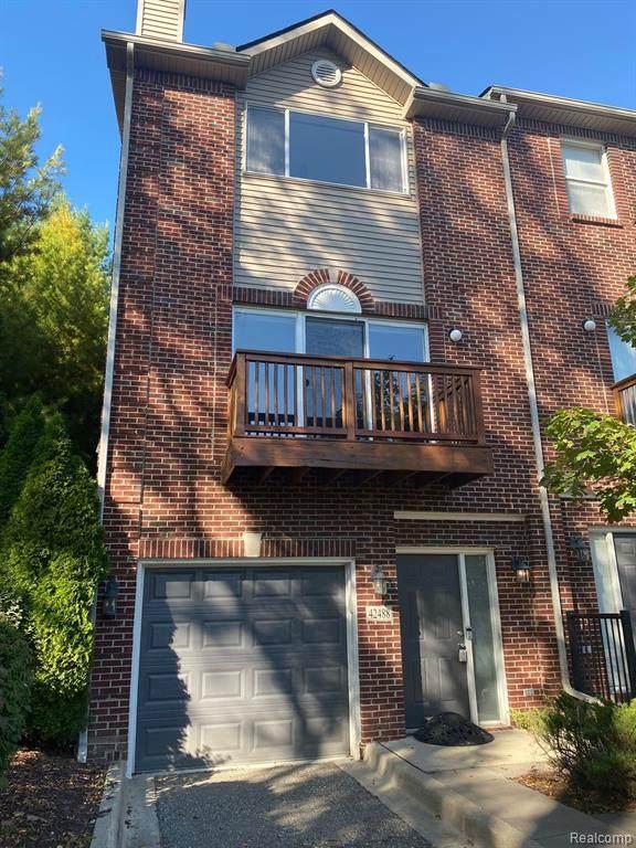 42488 Corlina Drive, Northville Twp, MI 48167 (#2210082075) :: GK Real Estate Team