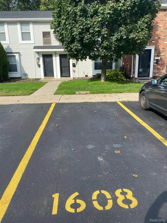 1608 Orchard Drive #3, Canton Twp, MI 48188 (#2210085632) :: Real Estate For A CAUSE