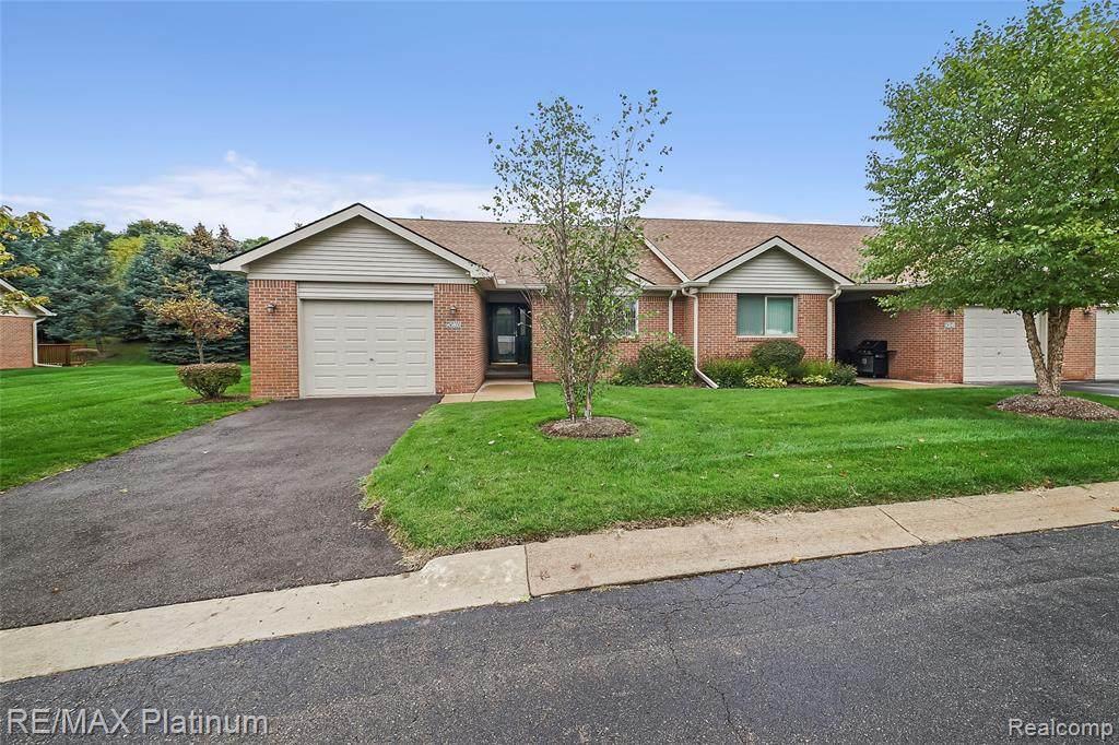 45860 Reedgrass Lane - Photo 1