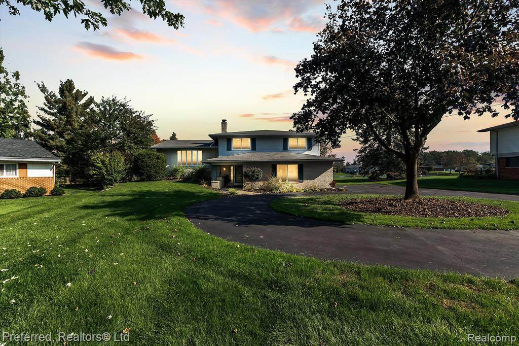 9136 Sandy Ridge Drive - Photo 1