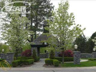 8006 Bridle Path Court, Grand Blanc Twp, MI 48439 (#5020441838) :: Real Estate For A CAUSE