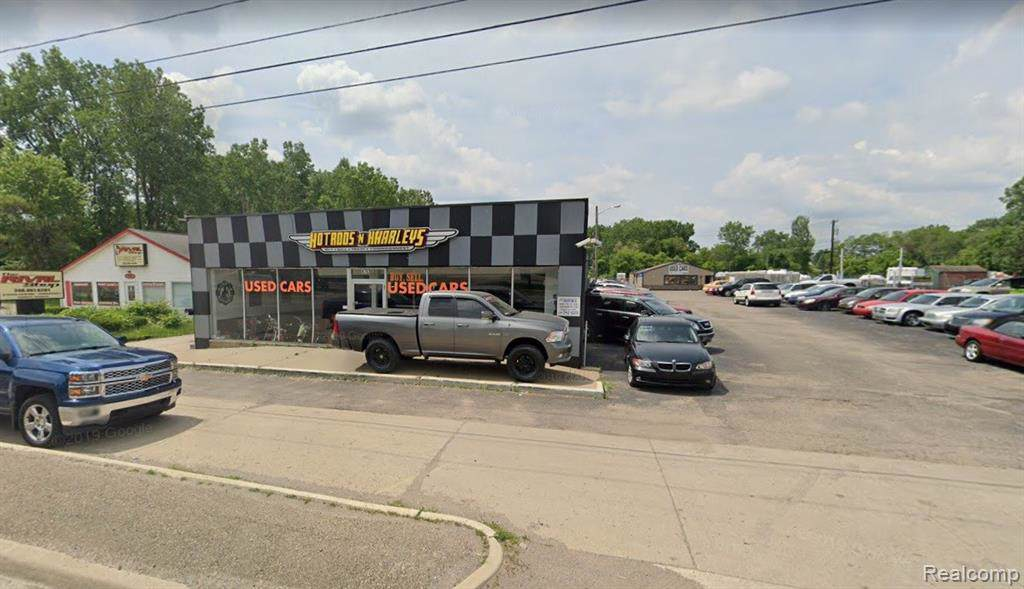 4763 Dixie Highway - Photo 1