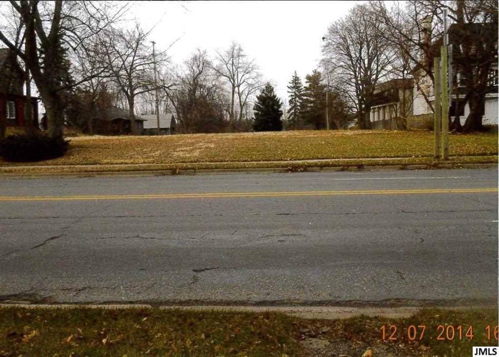 750 Michigan Ave - Photo 1