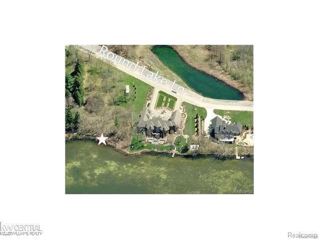 0 Round Lake Ln, Leonard, MI 48367 (#58031333269) :: RE/MAX Nexus