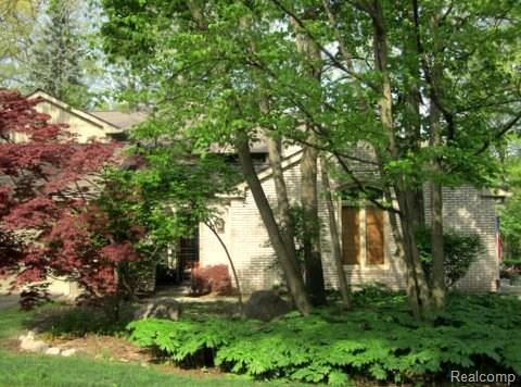 1307 Knollcrest Circle, Bloomfield Twp, MI 48304 (#218019896) :: Duneske Real Estate Advisors