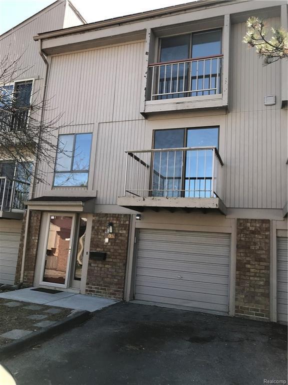 805 Oak Brook Ridge Drive #126, Rochester Hills, MI 48307 (#218032334) :: RE/MAX Classic