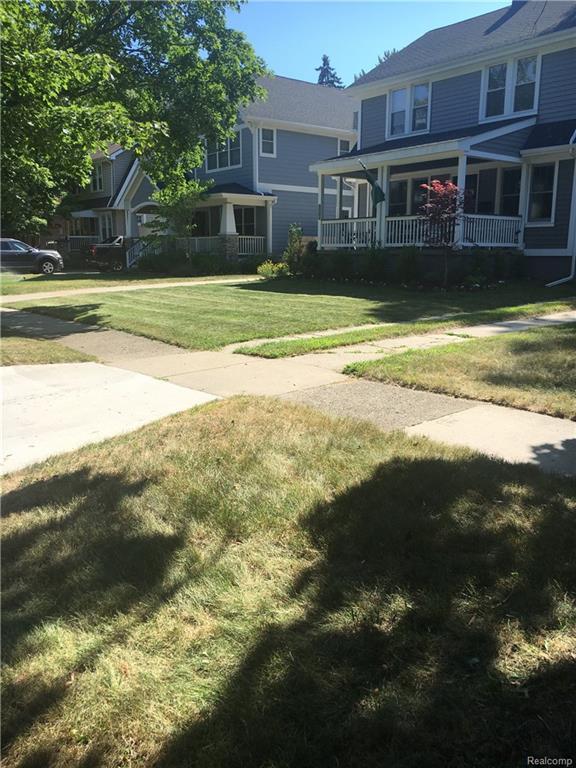 2025 N Connecticut Avenue, Royal Oak, MI 48073 (#218064070) :: The Buckley Jolley Real Estate Team