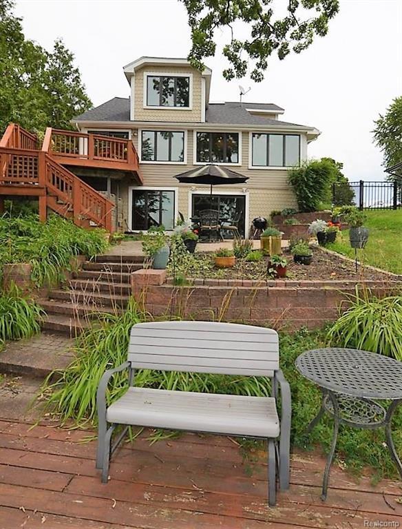 3517 Ormond Road, White Lake Twp, MI 48383 (#218072987) :: RE/MAX Classic