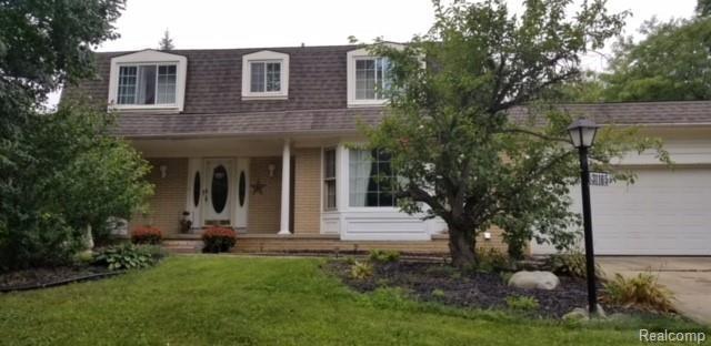 31165 Applewood Ln., Farmington Hills, MI 48331 (MLS #218086852) :: The Toth Team