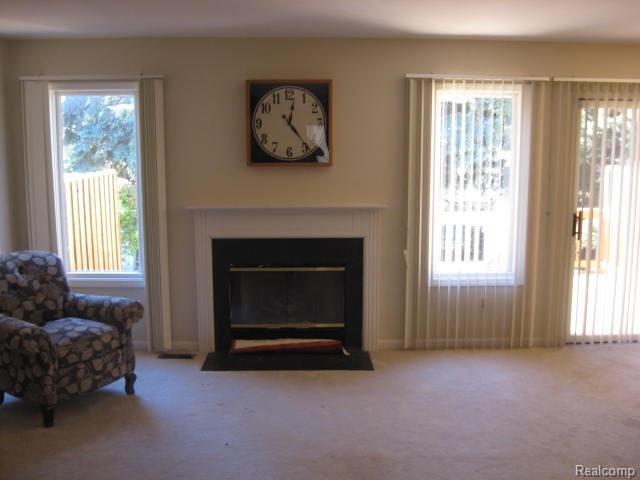 42235 Saratoga Circle, Canton Twp, MI 48187 (#218102760) :: RE/MAX Classic
