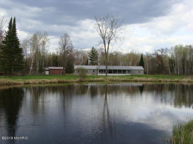 2100 Bailey Dr, Frost Twp, MI 48625 (MLS #53019008839) :: The Toth Team