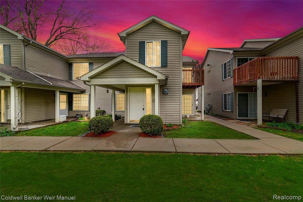 863 Saybrook Drive - Photo 1
