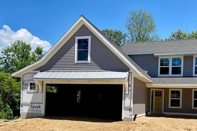 2184 104th Avenue, ZEELAND, MI 49464 (#71021003624) :: Real Estate For A CAUSE