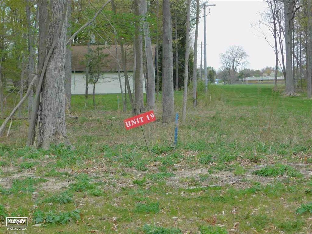 35163 Woodside Drive - Photo 1