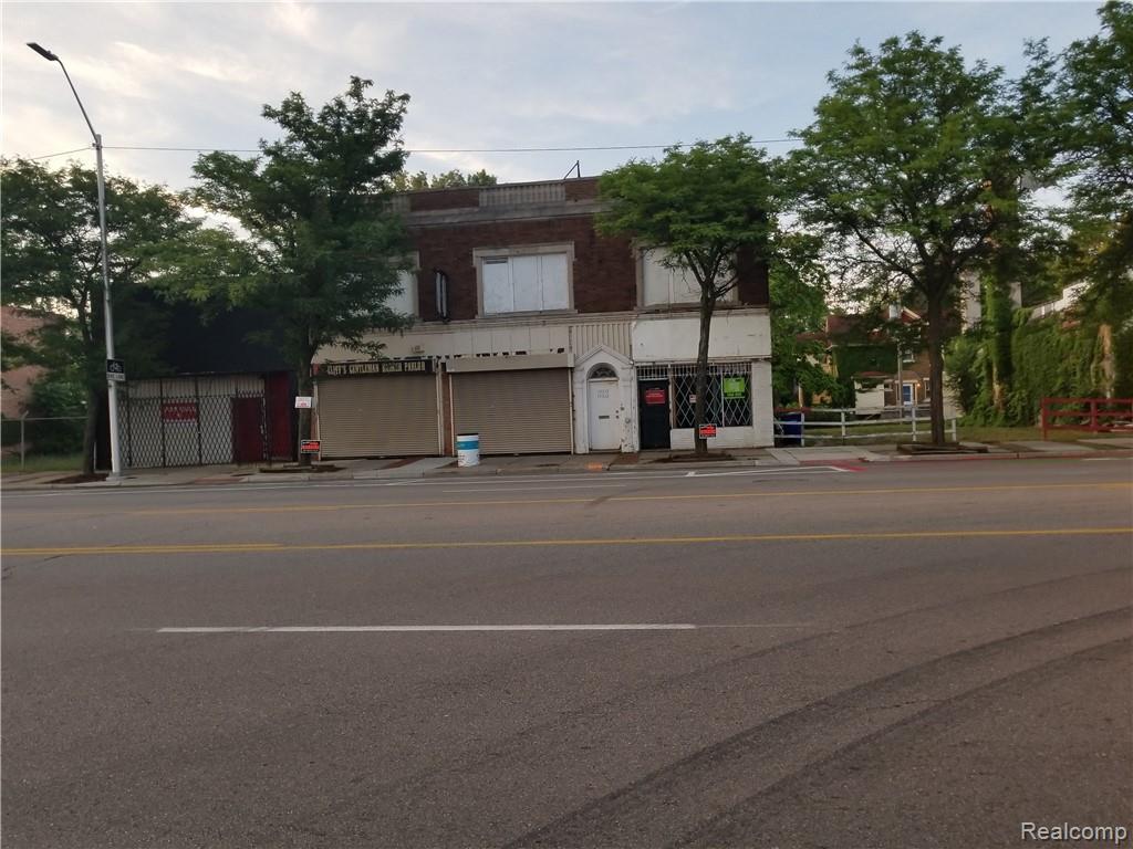 14318 Jefferson Avenue - Photo 1