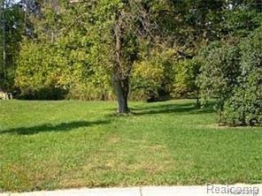 0 Amberwood, Auburn Hills, MI 48362 (#218088021) :: RE/MAX Classic