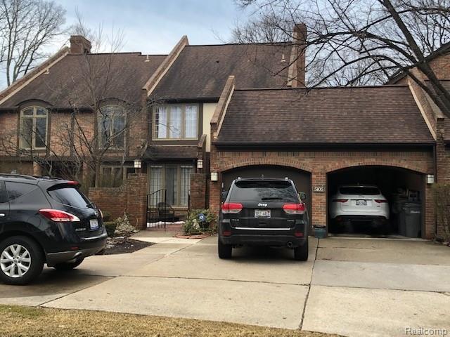 5105 Fairlane Woods Drive, Dearborn, MI 48126 (#218109581) :: The Buckley Jolley Real Estate Team