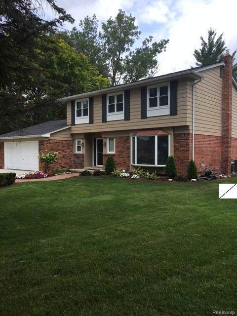2707 Wareing Drive, Orion Twp, MI 48360 (#219070845) :: RE/MAX Classic