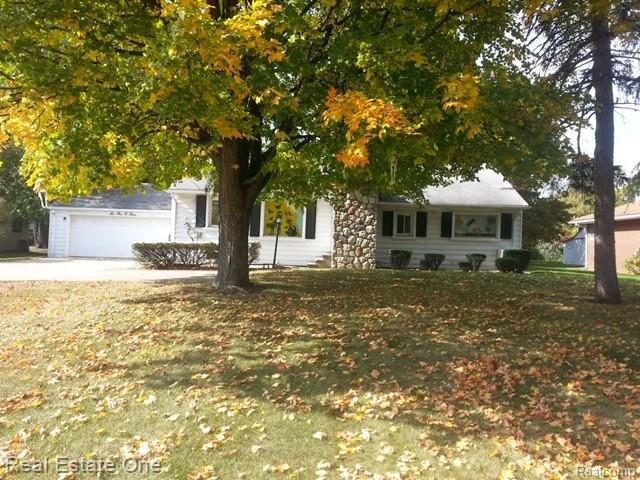 6103 Rochester Road, Troy, MI 48085 (MLS #218107566) :: The Toth Team