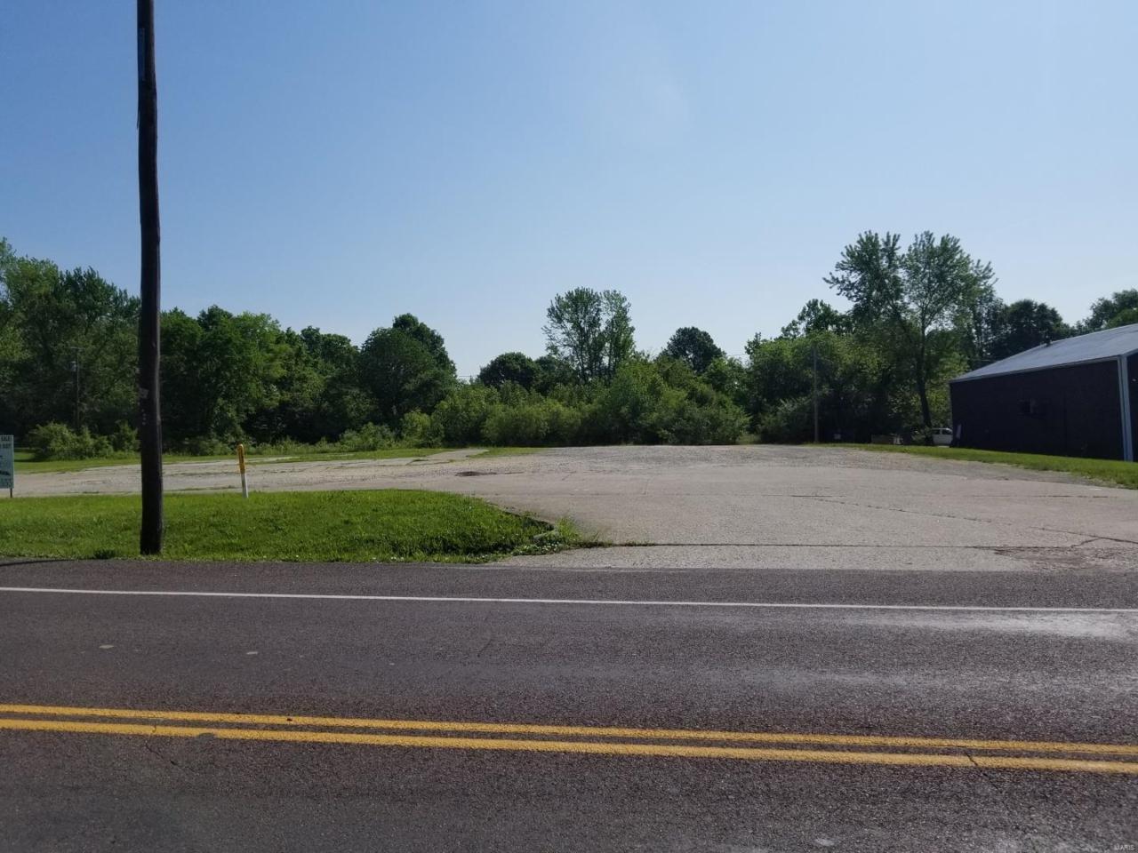 354 Lincoln Drive - Photo 1