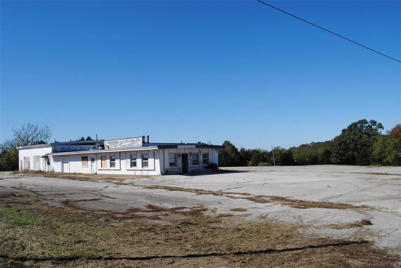 29826 Utica Drive - Photo 1