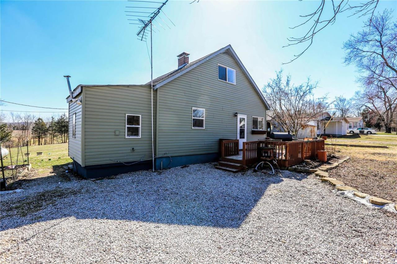 572 Plymouth Terrace Dr - Photo 1