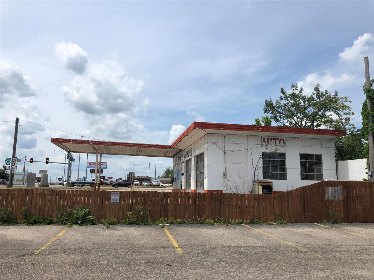 610 Jefferson Avenue - Photo 1