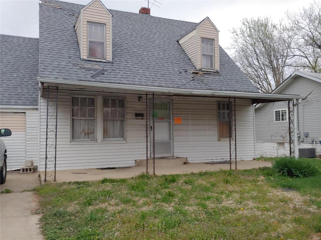 2940 Hillcrest Avenue - Photo 1