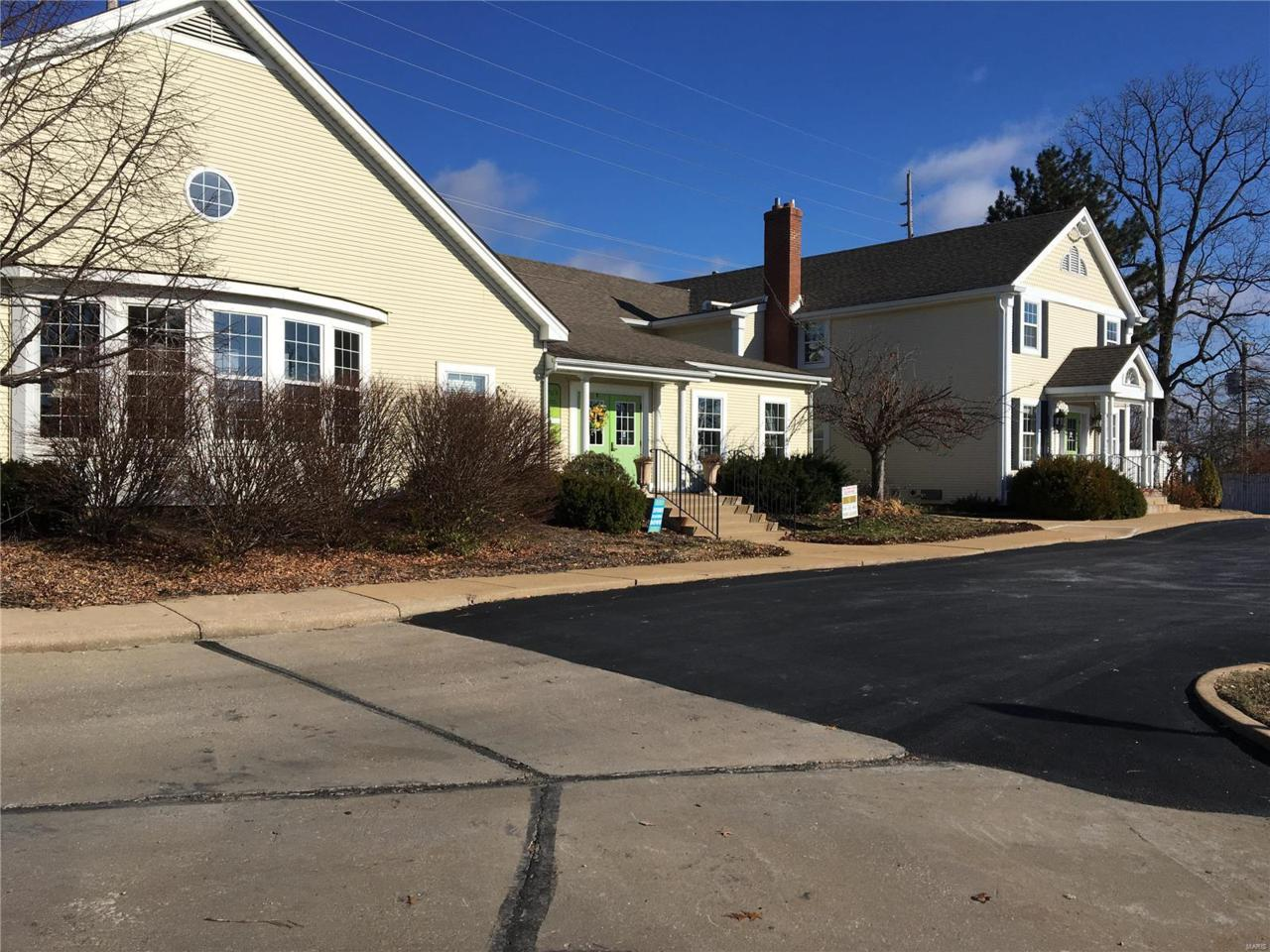 16962 Manchester Road - Photo 1