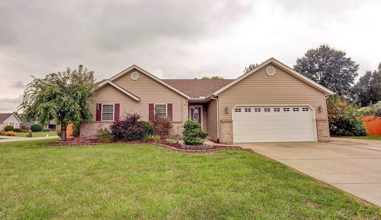 901 Rolling Meadows Drive - Photo 1