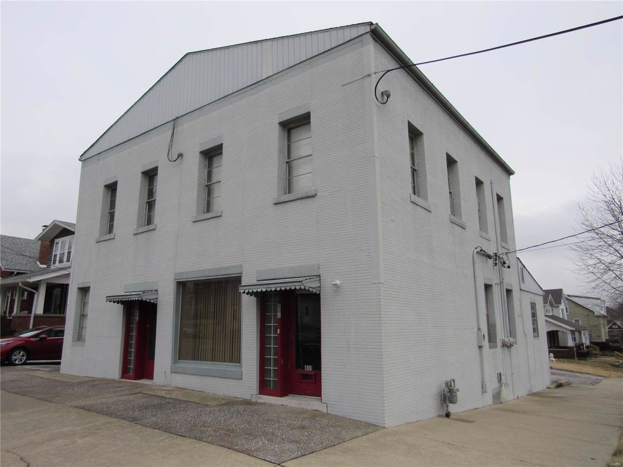 801 Henry Street - Photo 1