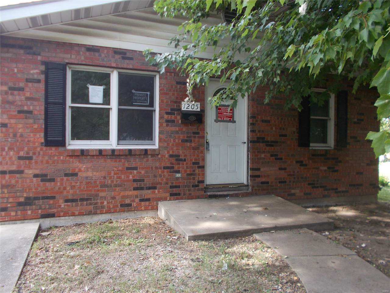 1205 Saint Paul Avenue - Photo 1