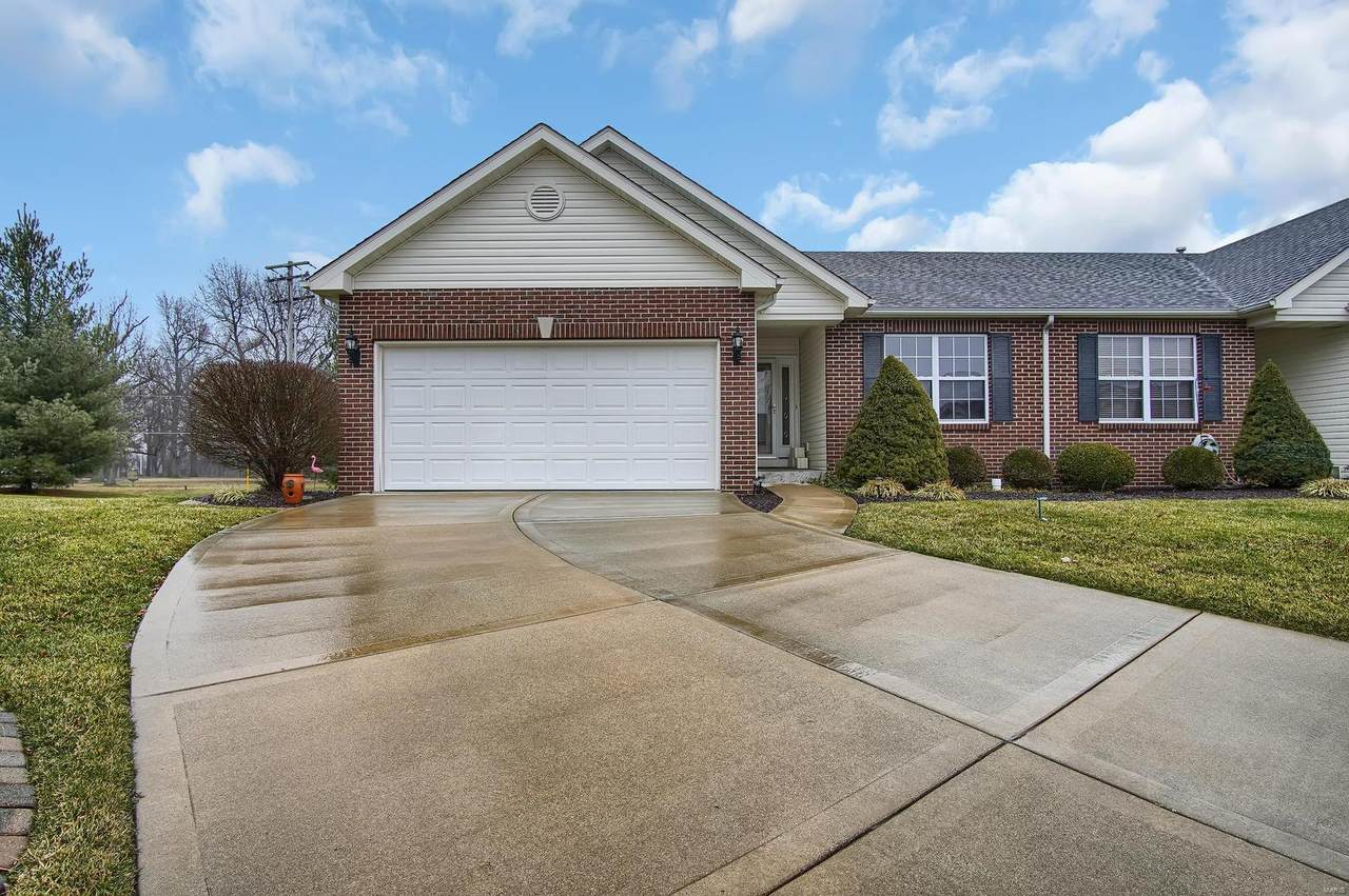 3302 Colby Court - Photo 1
