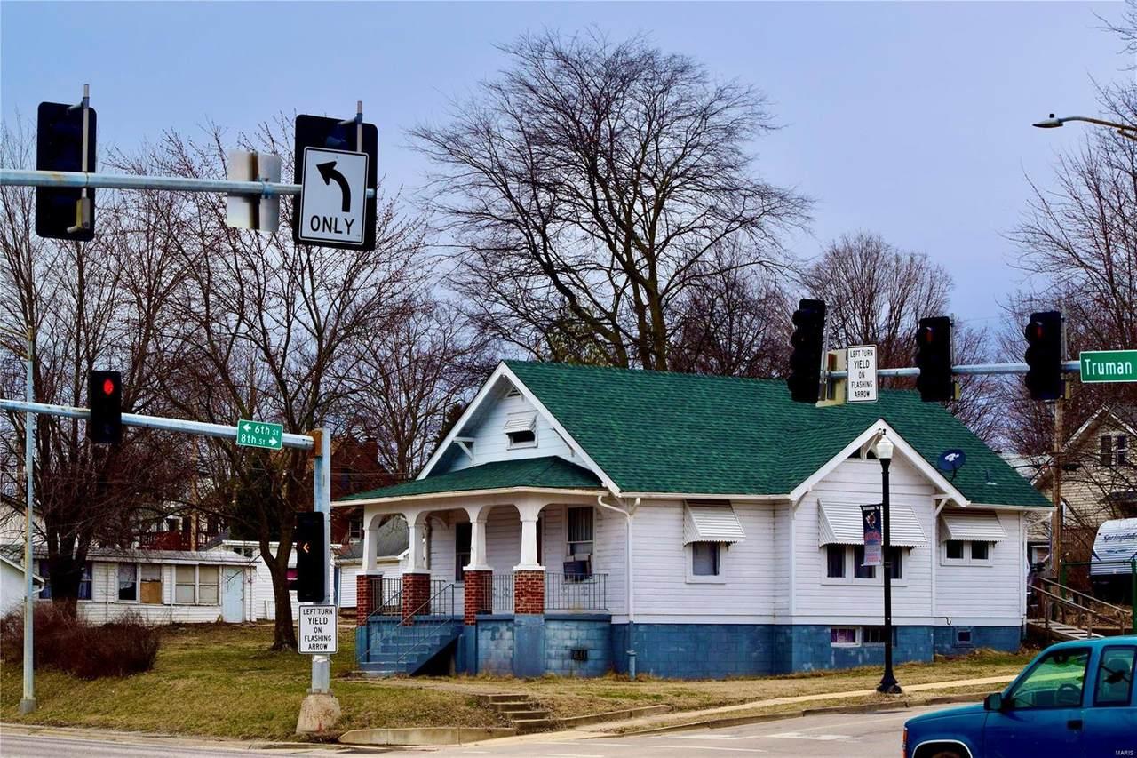 800 N Truman Boulevard - Photo 1