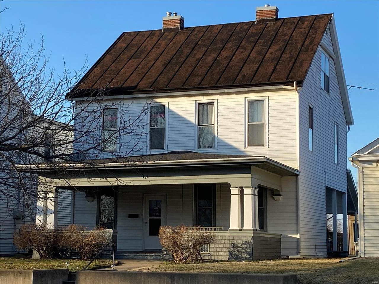 609 Adams Street - Photo 1
