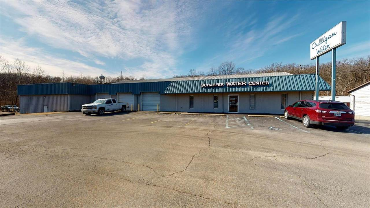 1555 Commercial Blvd - Photo 1