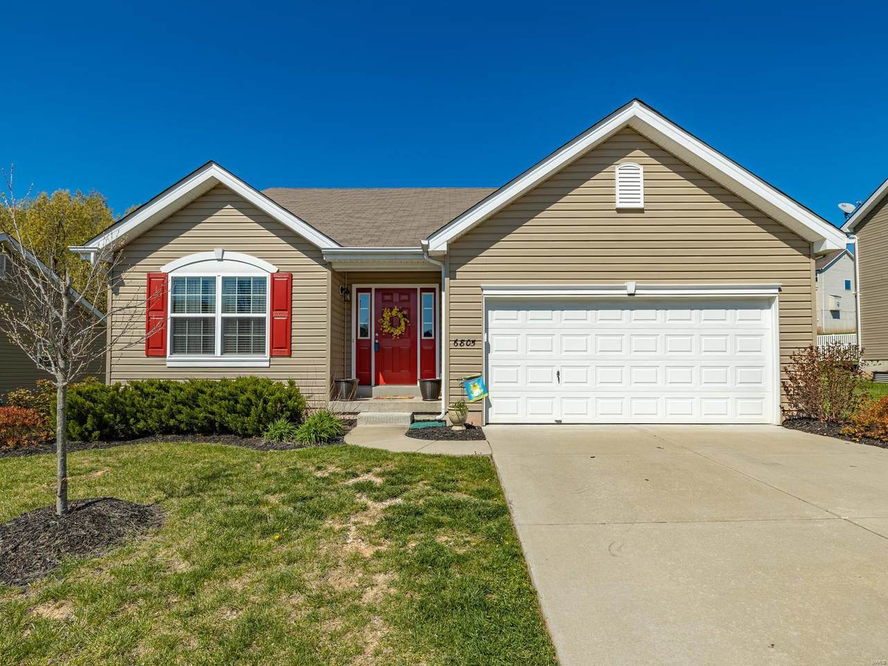 6805 Eagles View Dr - Photo 1