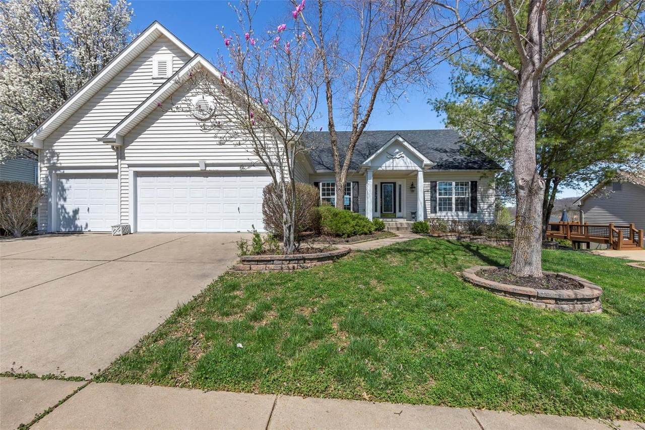 821 Spring Cove Court - Photo 1