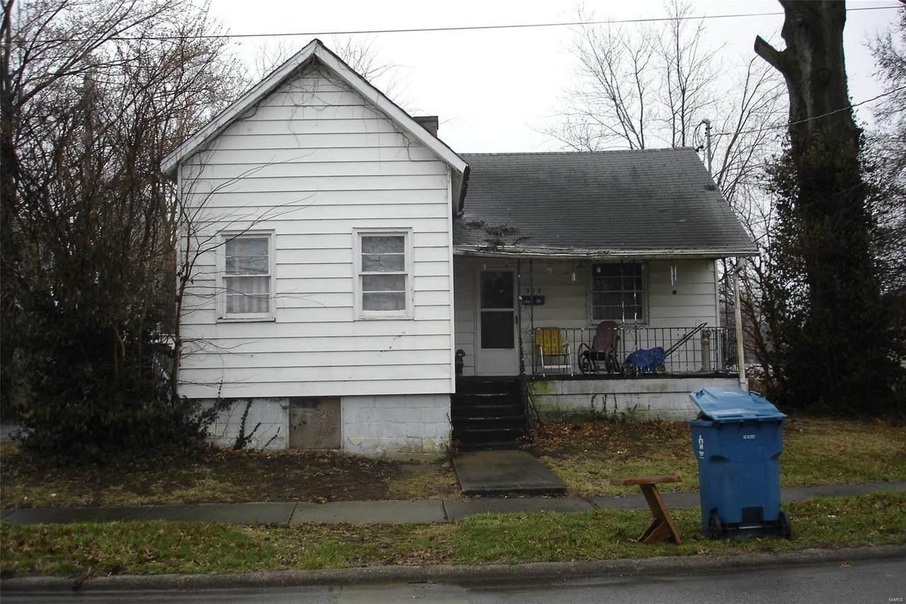 304 Webster Street - Photo 1