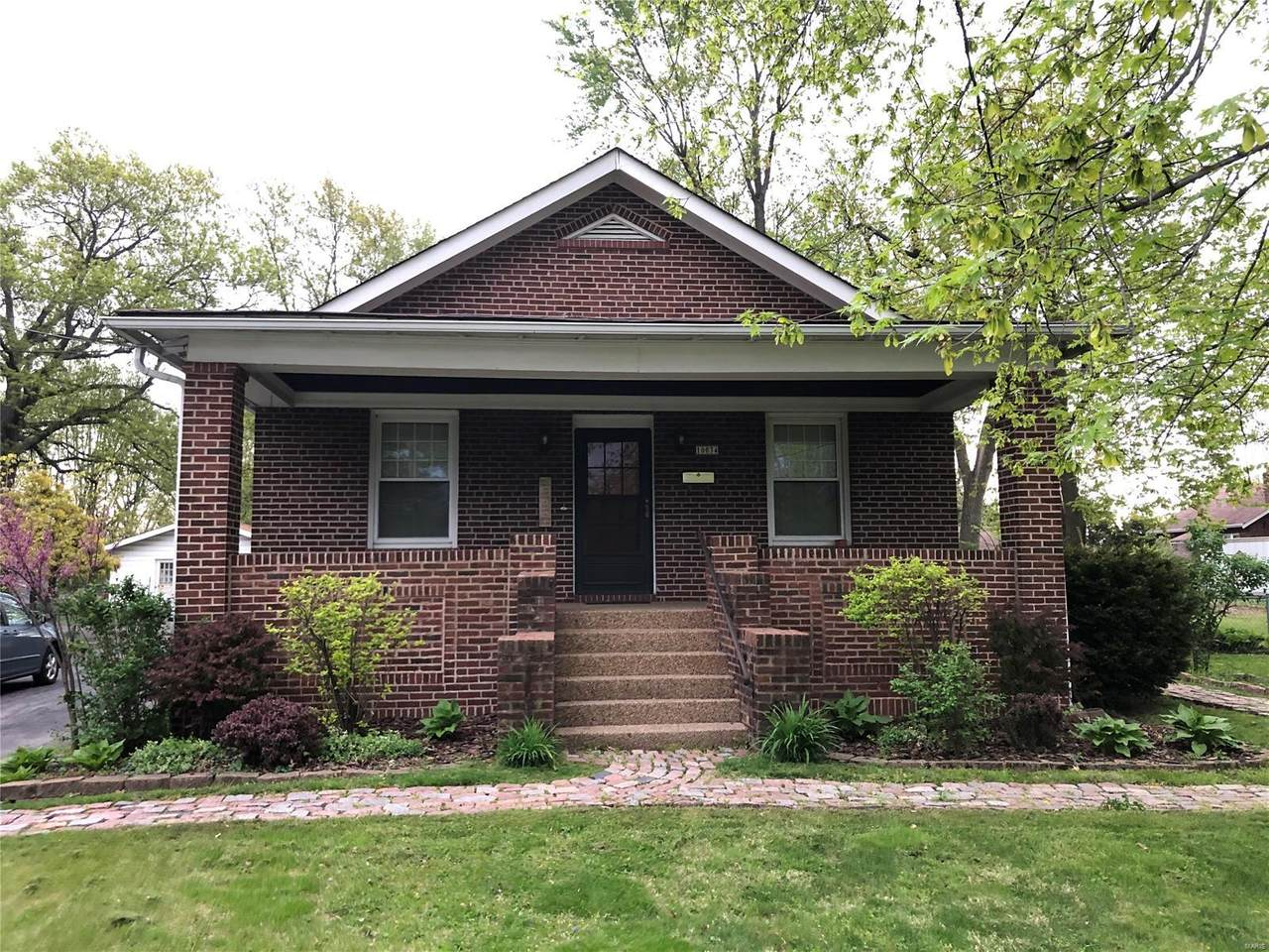10034 Bellefontaine Road - Photo 1