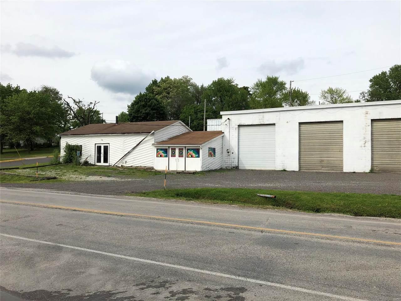 229 Edwardsville - Photo 1